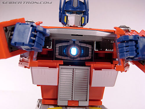 Transformers Masterpiece Optimus Prime (20th Anniversary DVD) (Image #133 of 183)