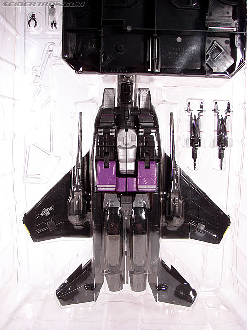 Transformers Masterpiece Skywarp (MP-06) (Image #25 of 207)