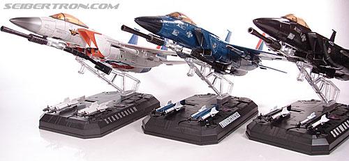 Transformers Masterpiece Skywarp (MP-06) (Image #74 of 207)