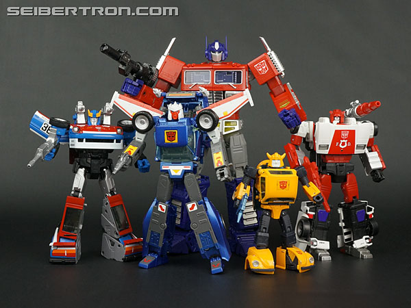 Transformers News: New Galleries: Masterpiece MP-25 Tracks and QT-17 Tracks