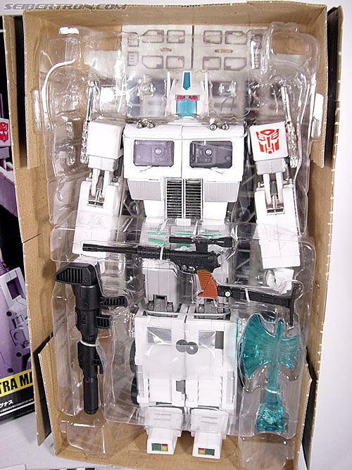 Transformers Masterpiece Ultra Magnus (MP-02) (Image #21 of 216)