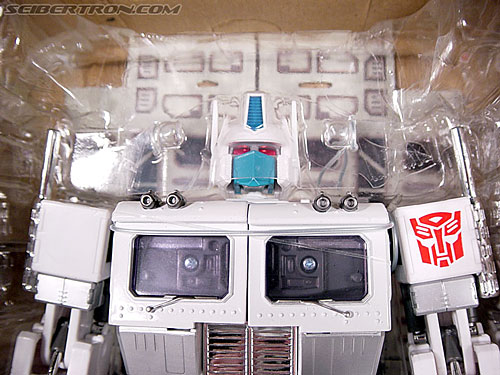 Transformers Masterpiece Ultra Magnus (MP-02) (Image #22 of 216)