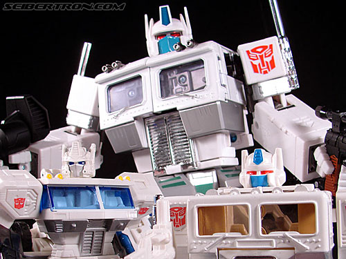 Transformers Masterpiece Ultra Magnus (MP-02) (Image #215 of 216)