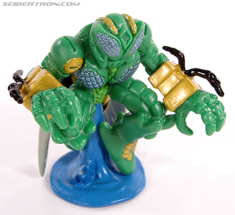 Transformers Robot Heroes Waspinator (BW) (Image #19 of 39)
