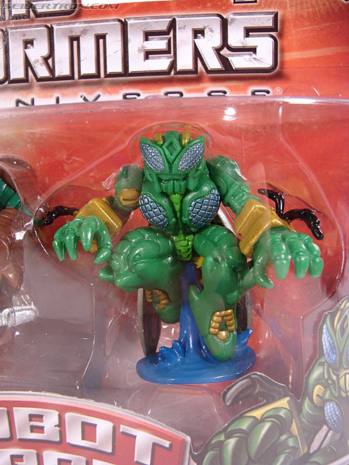 Transformers Robot Heroes Waspinator (BW) (Image #3 of 39)