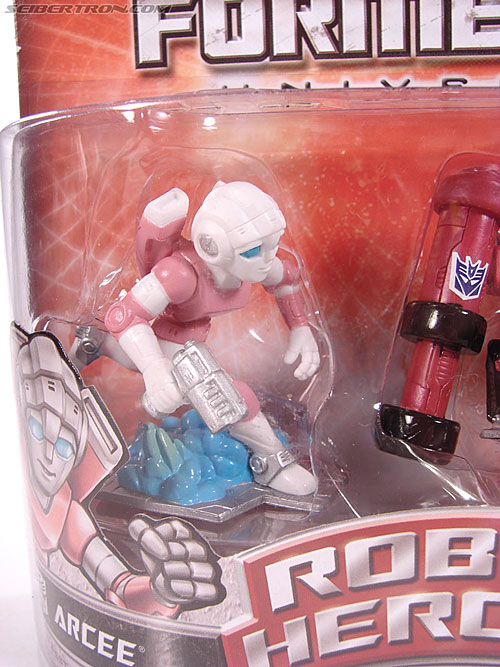 Transformers Robot Heroes Arcee (G1) (Image #2 of 29)