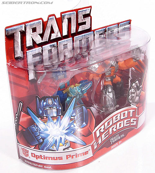 Transformers Robot Heroes Optimus Prime with Matrix (G1) (Image #2 of 35)