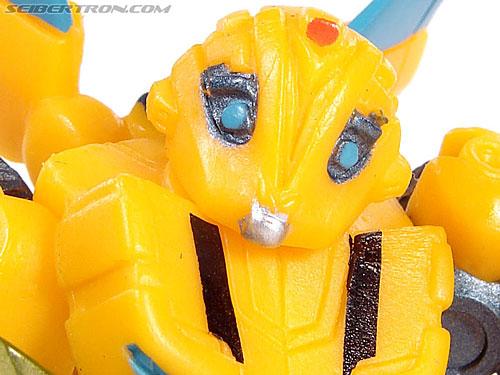 Transformers Robot Heroes Armor Bumblebee (Movie) (Image #4 of 26)