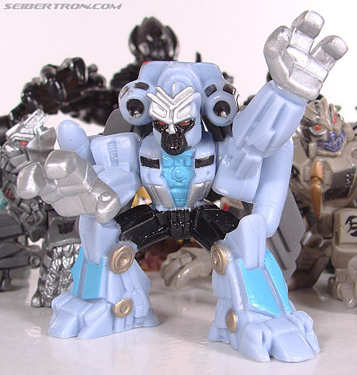 Transformers Robot Heroes Blackout (ROTF) (Image #36 of 37)