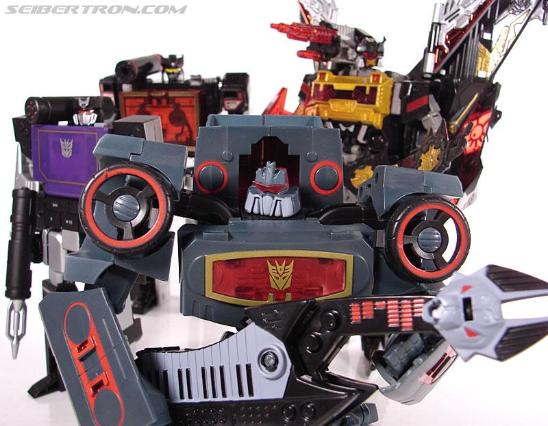 Transformers Animated Electrostatic Soundwave (Soundblaster) (Image #142 of 144)
