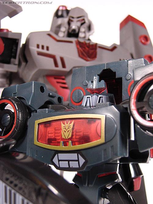Transformers Animated Electrostatic Soundwave (Soundblaster) (Image #126 of 144)