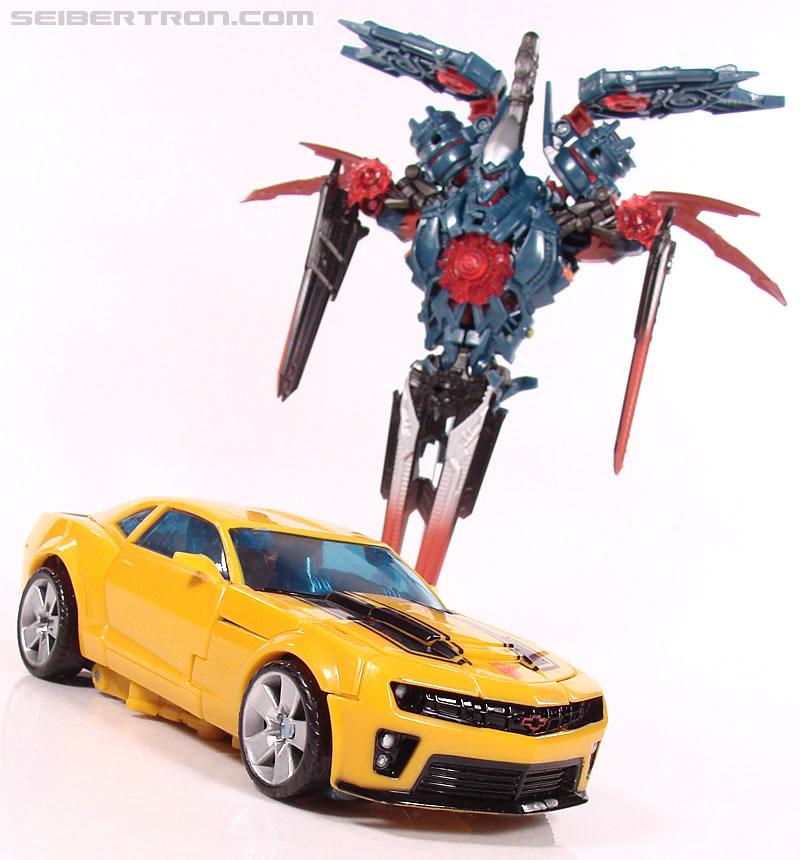 Transformers Revenge of the Fallen Battlefield Bumblebee (Image #73 of 205)