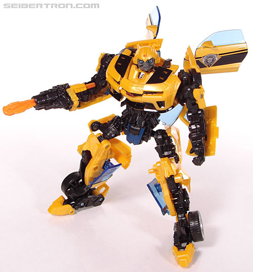 New Toy Galleries: Alliance Bumblebee and Armorhide