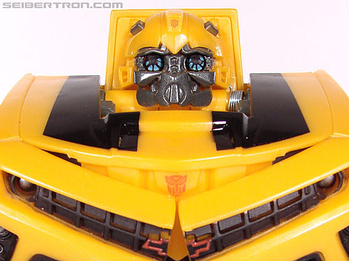 Transformers Revenge of the Fallen Pulse Blast Bumblebee gallery