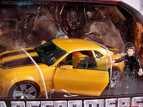 Transformers Revenge of the Fallen Bumblebee (Image #6 of 188)