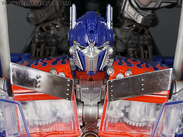 Transformers Revenge of the Fallen Jetpower Optimus Prime (Jetpower 2-pack) gallery