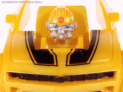 Transformers Revenge of the Fallen Recon Bumblebee gallery