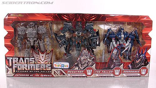 Transformers Revenge of the Fallen Soundwave (Blue) (Image #1 of 118)