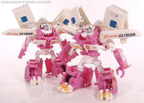 Transformers Revenge of the Fallen Mudflap (Shanghai Showdown) (Image #55 of 69)