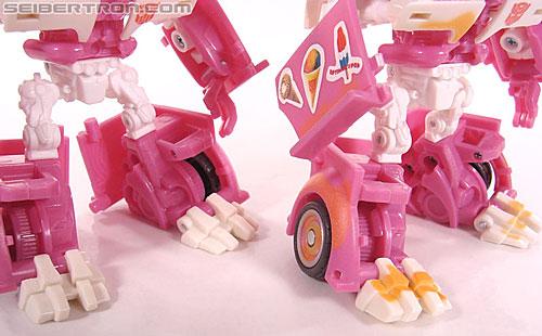Transformers Revenge of the Fallen Mudflap (Shanghai Showdown) (Image #58 of 69)