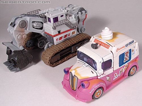 Transformers Revenge of the Fallen Skids (Shanghai Showdown) (Image #24 of 79)