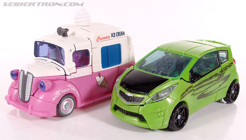 Transformers Revenge of the Fallen Skids (Ice Cream Truck) (Image #36 of 96)