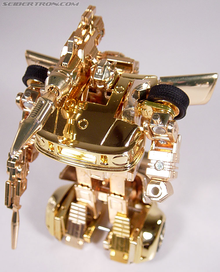 Transformers e-Hobby Exclusives Gold Jazz (Golden Lagoon version) (Image #41 of 55)