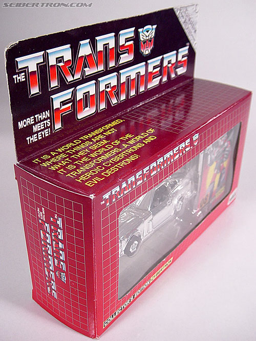 "Transformers e-Hobby Exclusives Silver Bluestreak (""Campaign Car"" version) (Image #2 of 48)"