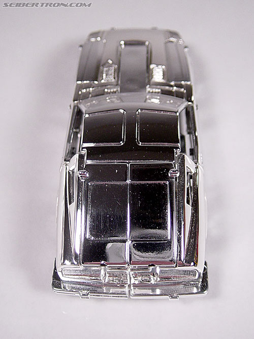 "Transformers e-Hobby Exclusives Silver Bluestreak (""Campaign Car"" version) (Image #12 of 48)"