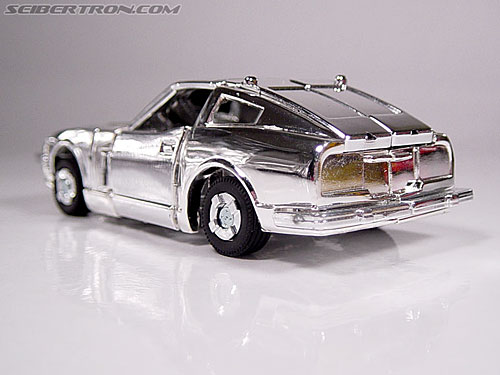 "Transformers e-Hobby Exclusives Silver Bluestreak (""Campaign Car"" version) (Image #14 of 48)"