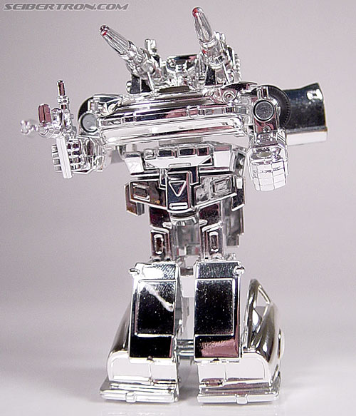 "Transformers e-Hobby Exclusives Silver Bluestreak (""Campaign Car"" version) (Image #39 of 48)"