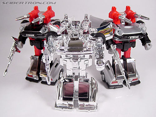 "Transformers e-Hobby Exclusives Silver Bluestreak (""Campaign Car"" version) (Image #40 of 48)"