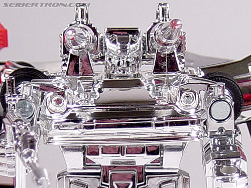 """Transformers e-Hobby Exclusives Silver Bluestreak (""""Campaign Car"""" version) (Image #44 of 48)"""