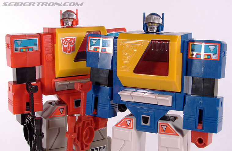 Transformers e-Hobby Exclusives Twincast (Reissue) (Image #84 of 101)