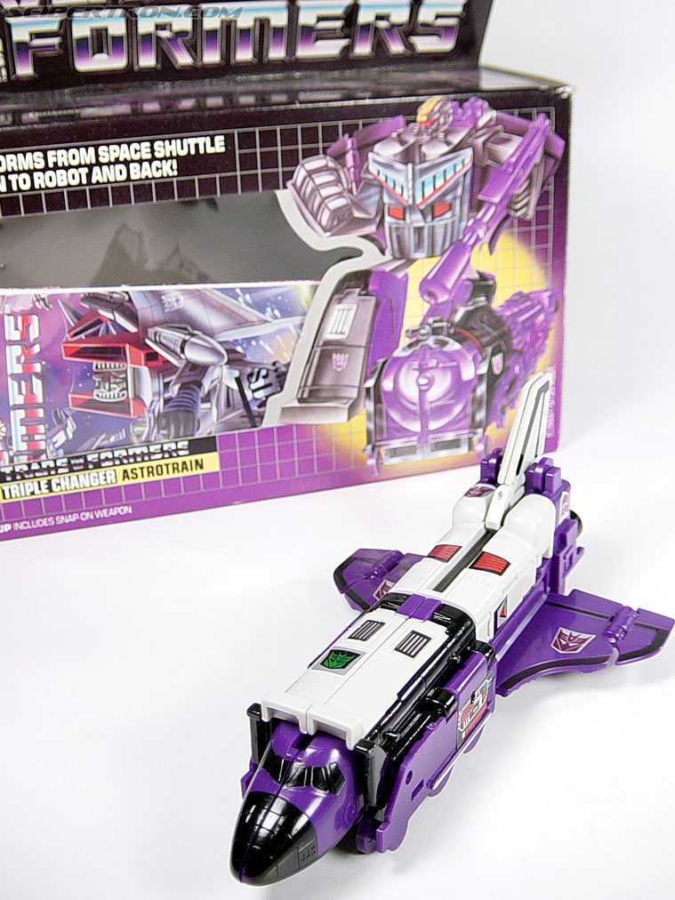 Transformers G1 1985 Astrotrain (Image #27 of 68)