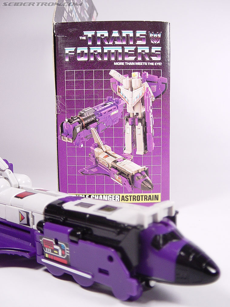 Transformers G1 1985 Astrotrain (Image #30 of 68)