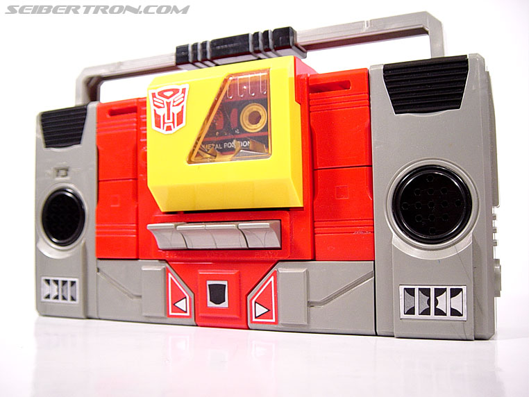 Transformers G1 1985 Blaster (Broadcast) (Image #2 of 35)