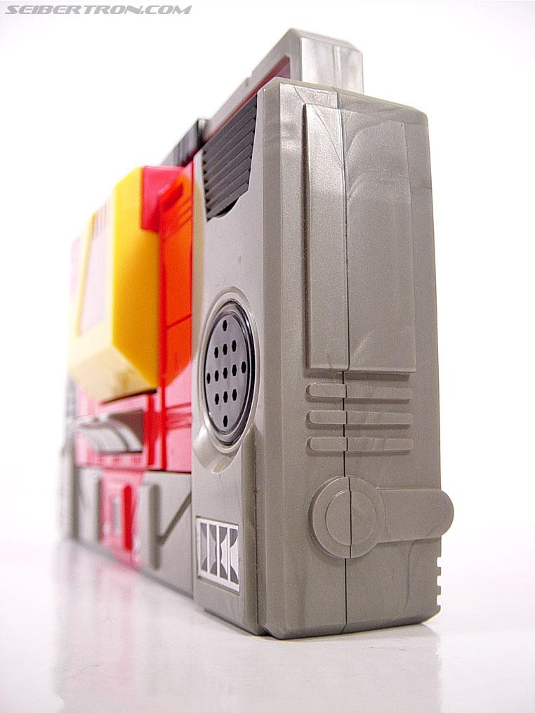 Transformers G1 1985 Blaster (Broadcast) (Image #3 of 35)
