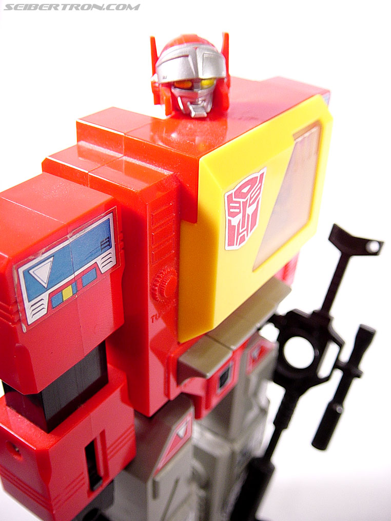 Transformers G1 1985 Blaster (Broadcast) (Image #25 of 35)