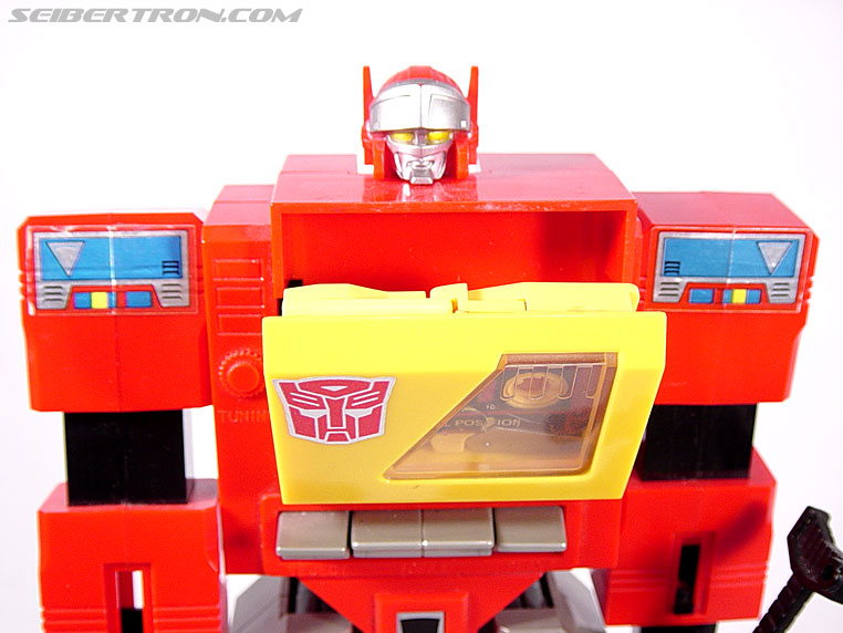 Transformers G1 1985 Blaster (Broadcast) (Image #27 of 35)