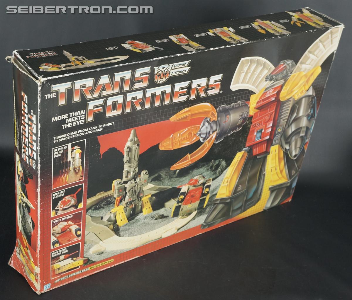 Transformers G1 1985 Omega Supreme (Image #6 of 141)