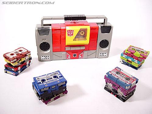 Transformers G1 1985 Blaster (Broadcast) (Image #10 of 35)