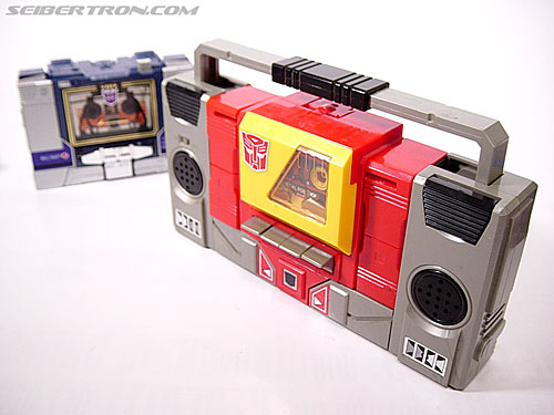 Transformers G1 1985 Blaster (Broadcast) (Image #13 of 35)