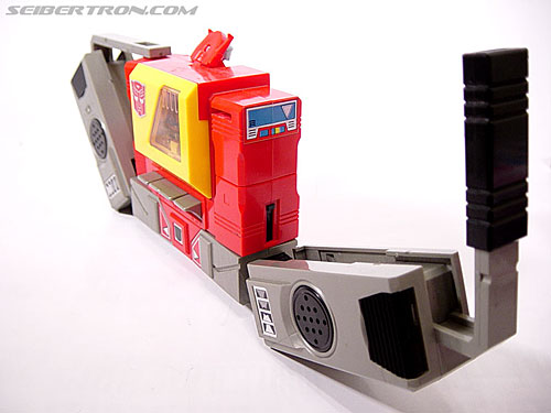 Transformers G1 1985 Blaster (Broadcast) (Image #16 of 35)