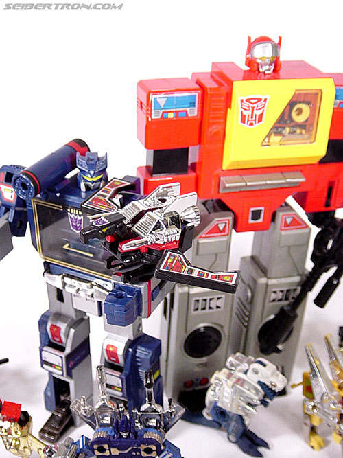 Transformers G1 1985 Blaster (Broadcast) (Image #33 of 35)