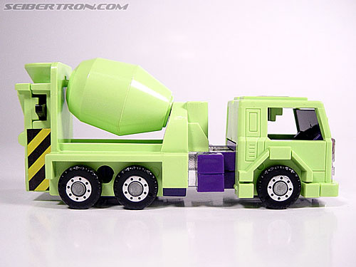 Transformers G1 1985 Mixmaster (Image #8 of 38)