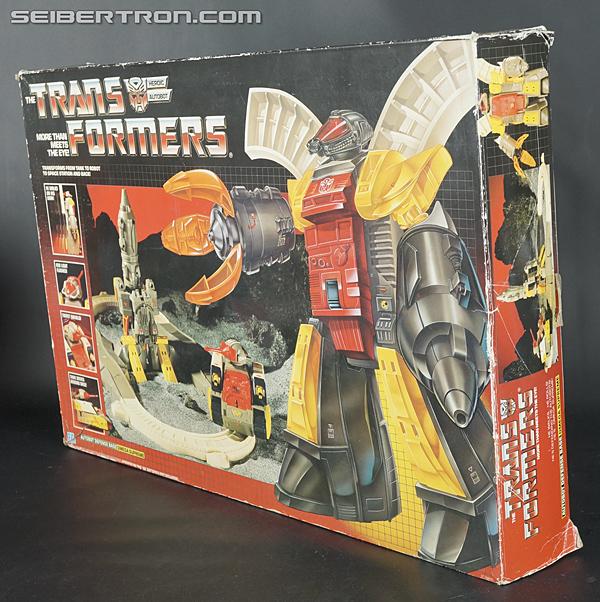 Transformers G1 1985 Omega Supreme (Image #16 of 141)