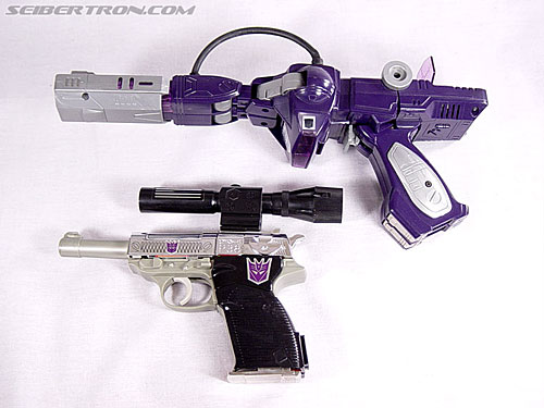 Transformers G1 1985 Shockwave (Laserwave) (Image #21 of 44)