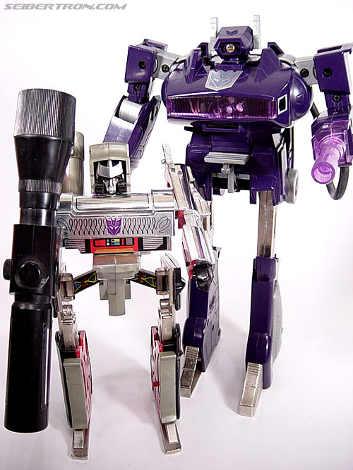 Transformers G1 1985 Shockwave (Laserwave) (Image #43 of 44)