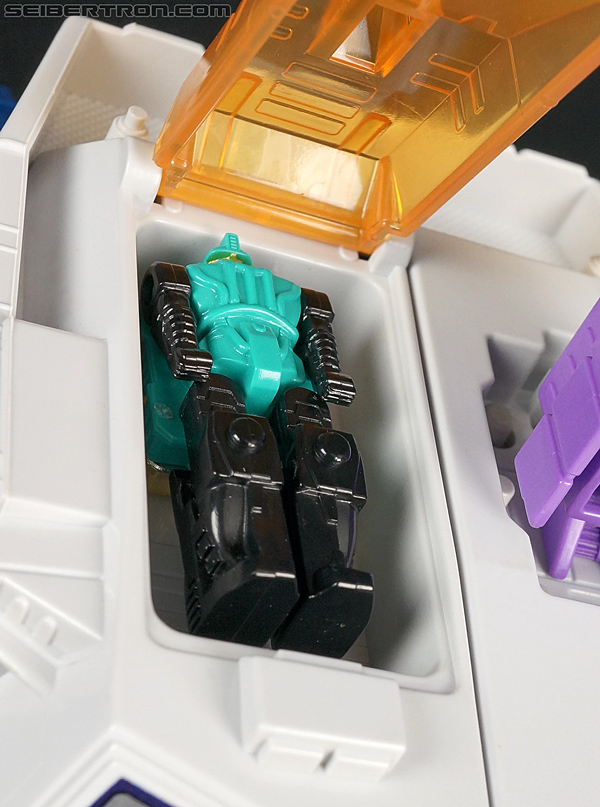 Transformers Super God Masterforce Giga (Image #6 of 97)